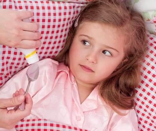Ребенок не хочет пить сироп лекарства