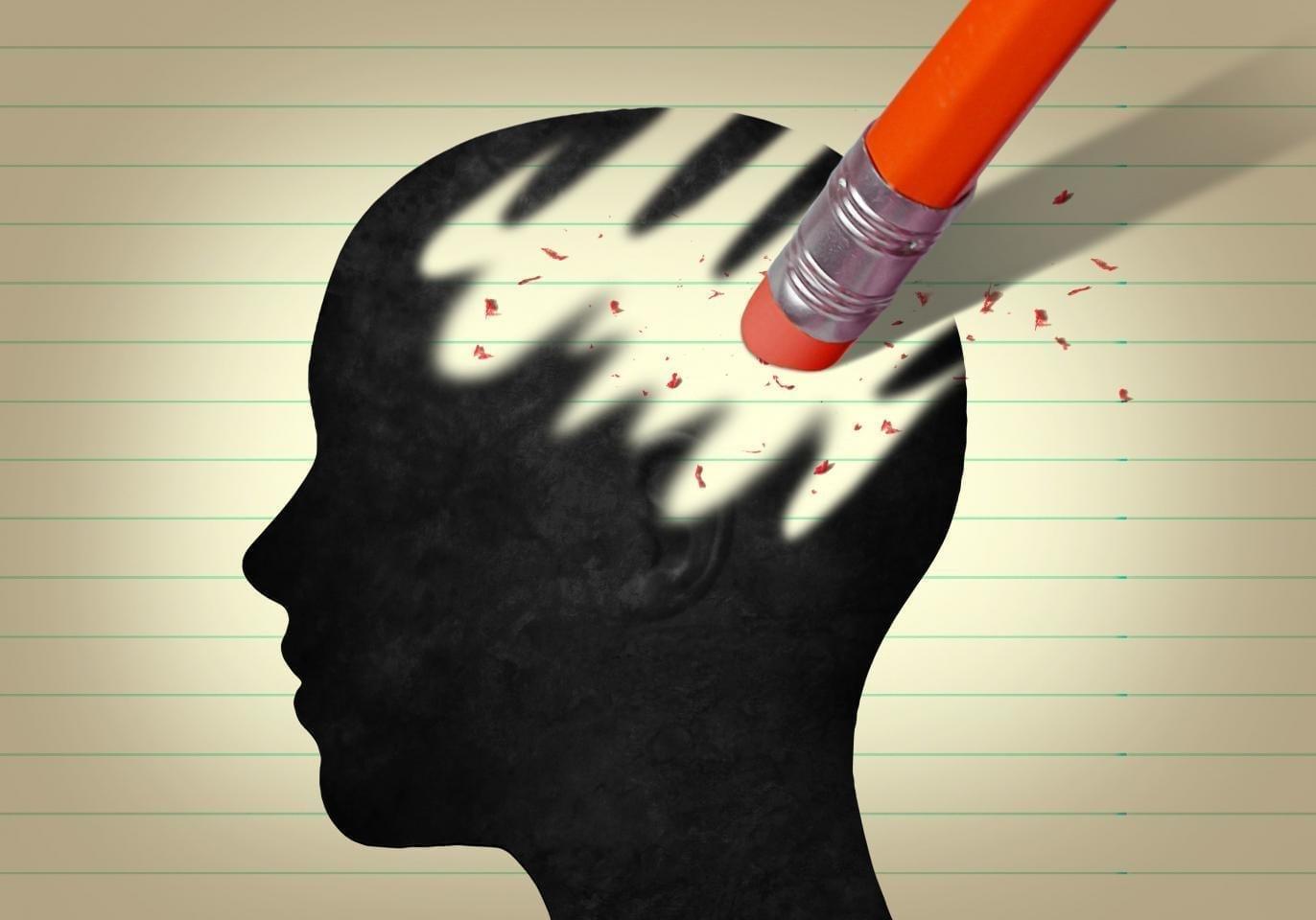 мозг стирают карандашом
