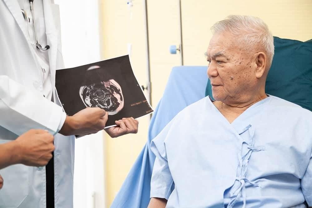 Обследование пациента с Паркинсоном