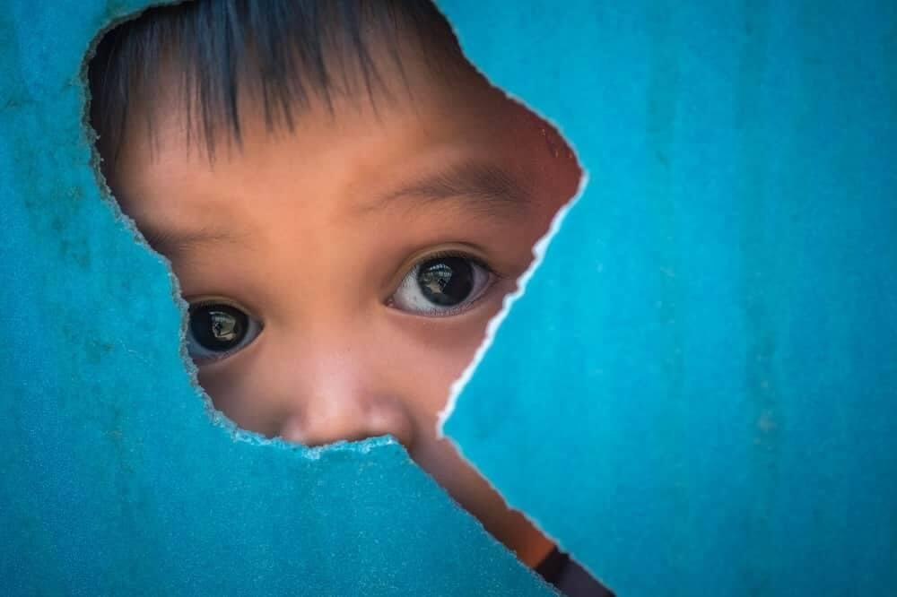 Дети с аутизмом и СДВГ видят иначе