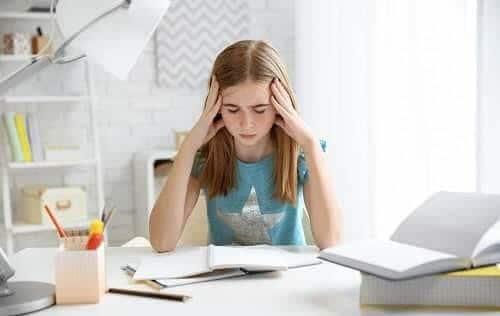 Мигрень у ребенка школьного возраста