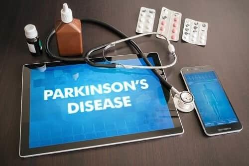 Медикаментозное лечение болезни Паркинсона