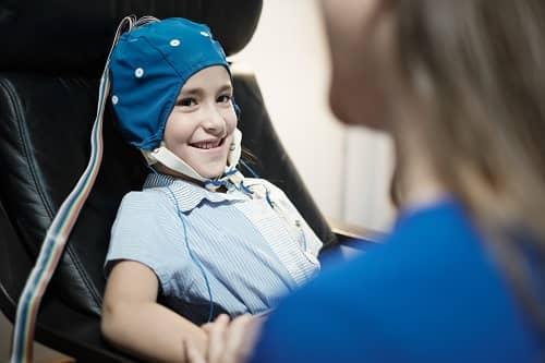 ЭЭГ мониторинг подростка в эпилепсии