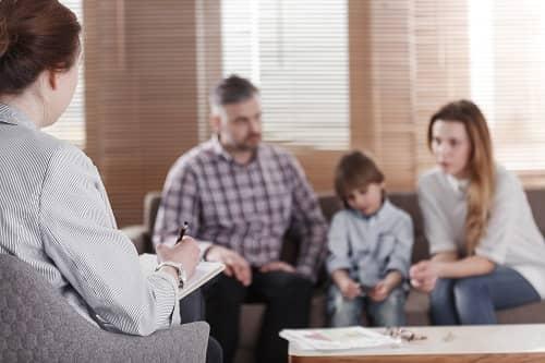 Опрос врачом семьи с ребенком с ЗПР