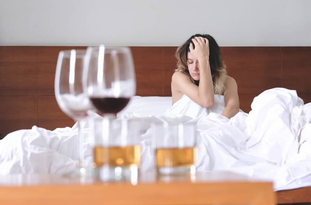 Алкоголь вызвал приступ мигрени у женщины