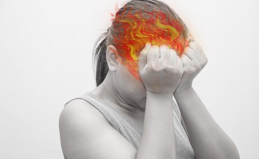 У женщины с ВСД мозга болит голова