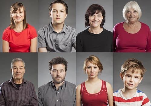 Люди разного возраста и пола