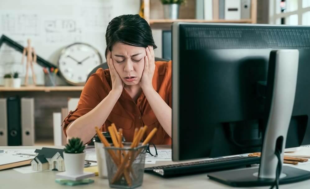 Шум в ушах от стресса – причины ВСД