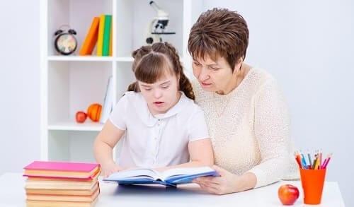 Аутизм и умственая отсталость преодолеваются с трудом