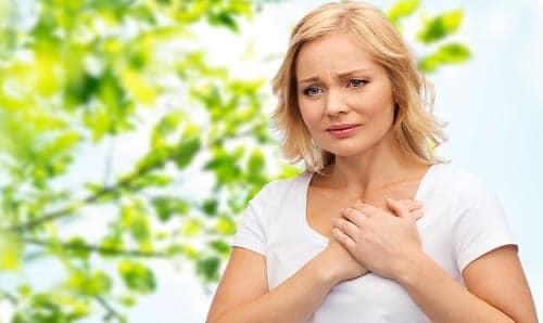 У девушки ВСД, боль в сердце и тревога