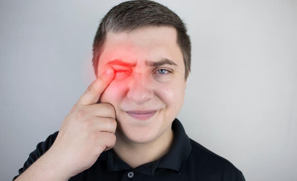 Боль в глазу при неврите зрительного нерва