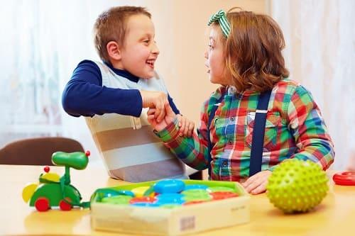 Дети с аутизмом не знают норм поведения