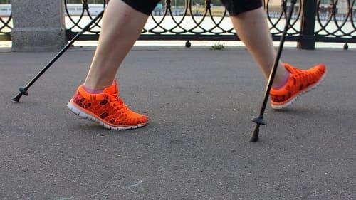 Скандинавская ходьба – профилактика энцефалопатии