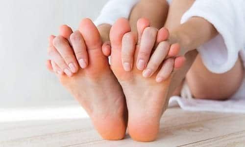 Мерзнущие руки и пальцы ног при ВСД