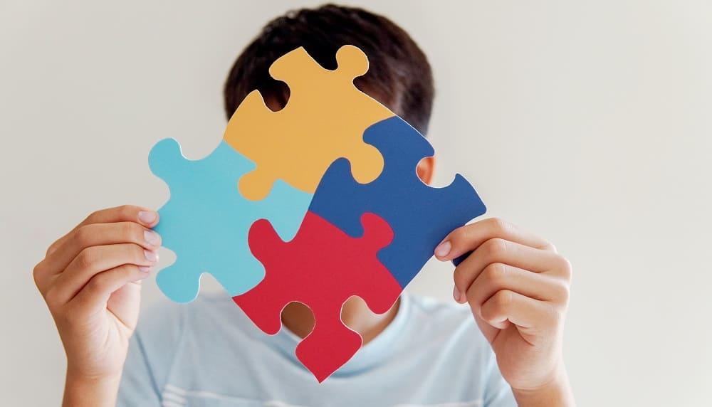 Аутичные черты скрываются у детей