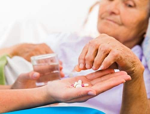 Прием лекарств для лечения энцефалопатии