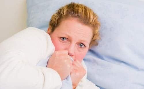 Женщина в паническом психозе при климаксе