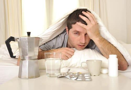 Кофе и таблетки причина боли в макушке