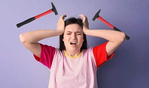 Стучащая головная боль