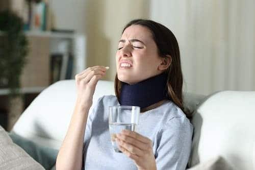 Головная боль после травмы шеи