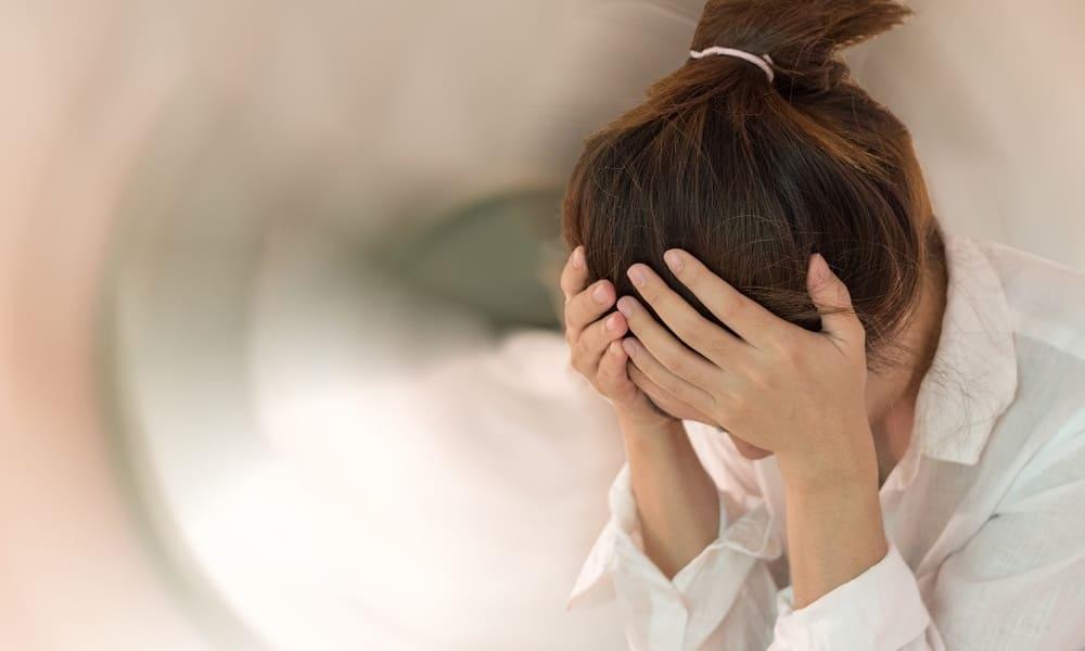 Приступ головной боли и головокружения