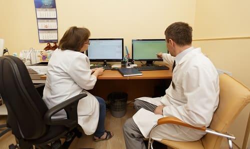 Анализ обследований у женщины с головной болью