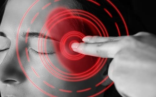 Приступы мигрени часто у женщин