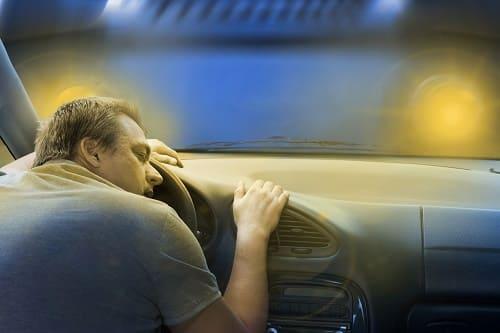 Сон за рулем опасен
