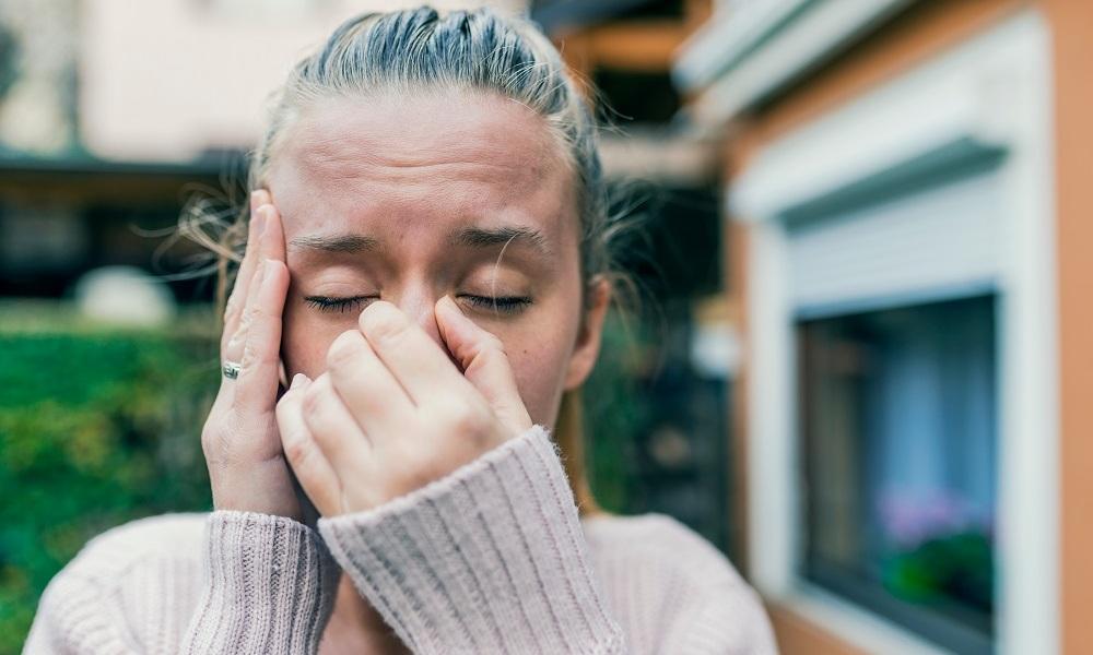 Приступ резкой головной боли