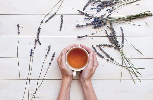 Чай с лавандой помогает уснуть