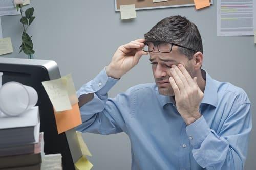 Глазные симптомы опасности при головной боли