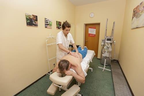 Массаж – лечение шейного остеохондроза