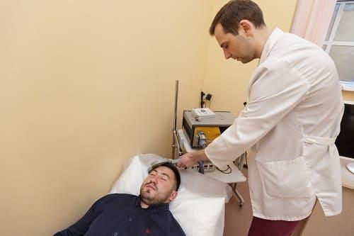 Лечение головных болей методом ТМС