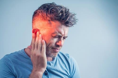 Стреляющая боль в голове от отита
